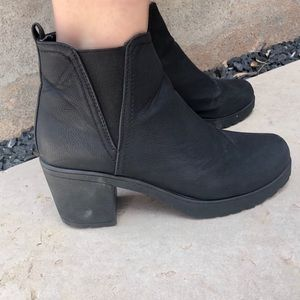 Black heeled booties